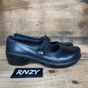 Klogs Slip Resistant Black Leather Mary Jane Flat